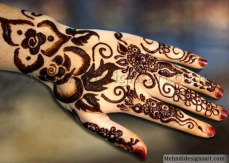 Pretty mehndi designs 08